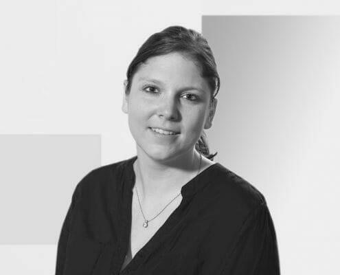 Deborah Bachelor, Assistentin der Geschäftsleitung